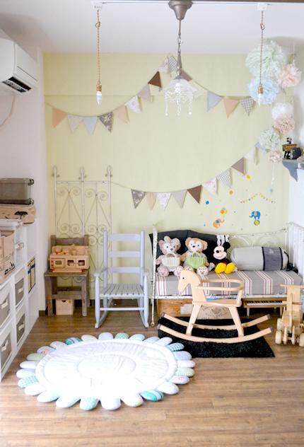 可愛くすっきり子供部屋の全体写真