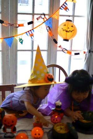 子供と楽しむハロウィン♪小さい子でもできる♪100均のフェルトを使って飾りを作ろう♪