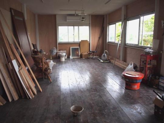 子育て中のママさんでつくる!沖縄の自然でつながる。ママの一歩を応援するコミュニティカフェ「はたけかふぇ。」オープンに向けての、DIY奮闘記!コミュニティスペース内装DIY①