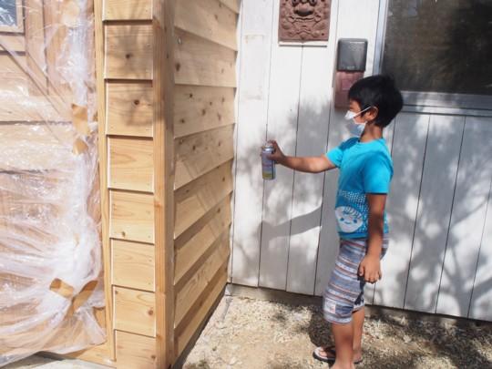 子育て中のママさんでつくる!沖縄の自然でつながる。ママの一歩を応援するコミュニティカフェ「はたけかふぇ。」オープンに向けての、DIY奮闘記!コミュニティスペース内装DIY③