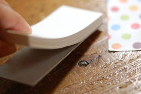 『週末DIY』大人女子のための紙工作~ぺりっとはがれるメモ帳つくろう!