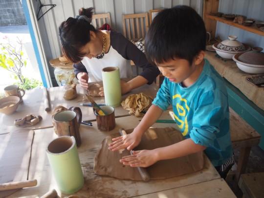息子と一緒にモノづくりにチャレンジ「陶芸体験」
