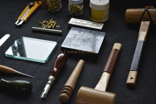 -Leather-「革でつくるピクニックチェア」の作り方とワークショップ