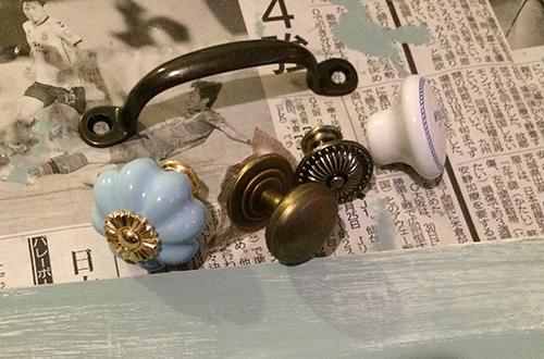 ボリュームネックレスを100円均一のアレを使って可愛く見せる収納