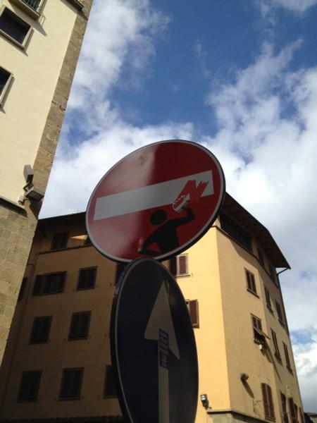 遊び心のあるイタズラinイタリア 標識