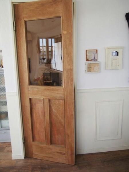 建売リビングドアをリメイクしました♪