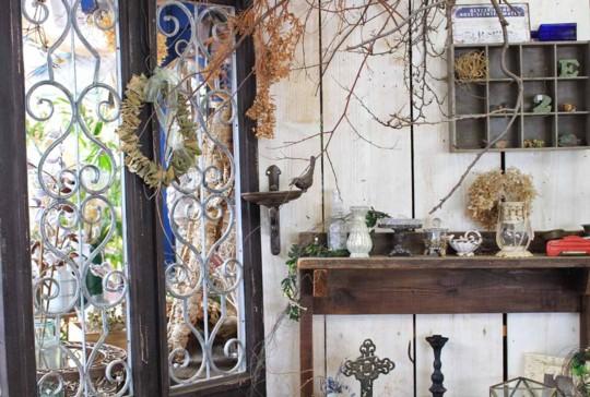 「小屋と植物の物語」が素敵な「フローラ黒田園芸」にいってきました。