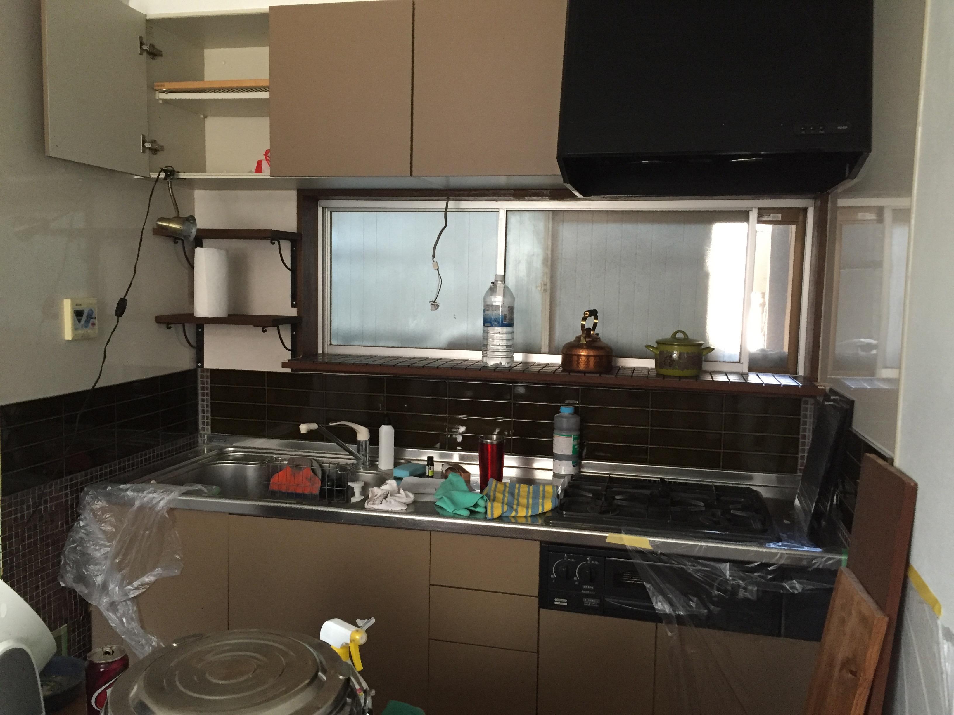 t house キッチン棚つけ