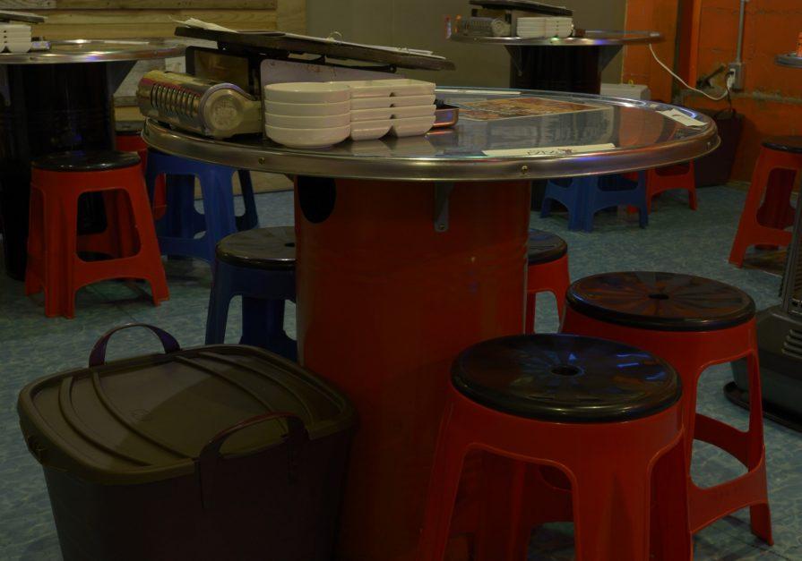 「プロDIY」探訪29 ドラム缶「2つ割り」テーブル