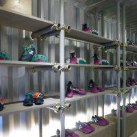 「プロDIY」探訪31 単管パイプによる陳列棚