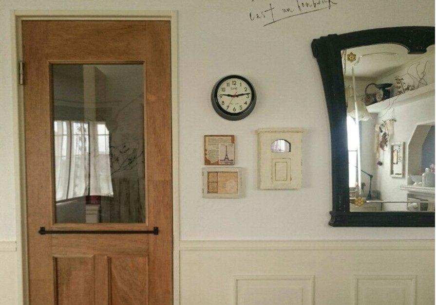 お店のドアに憧れて・・・ドアクローザーつけて勝手に閉まるドアに♪
